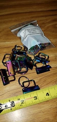 1 1/4 inch Rainbow Keyfob Hardware (Pack of 10)